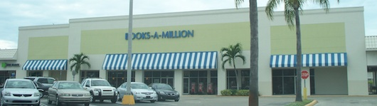 Books-a-Million in Naples Florida