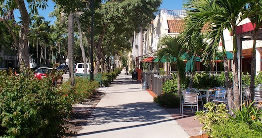 Fifth Avenue Shops and Restaurants