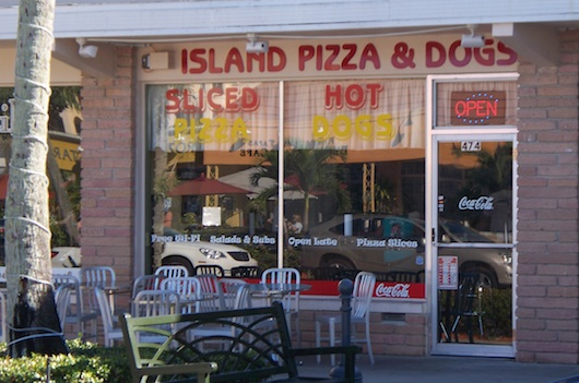 Island Pizza and Dogs in Naples Florida