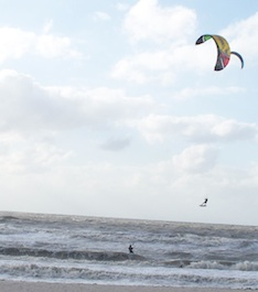 Kiteboarding in Naples