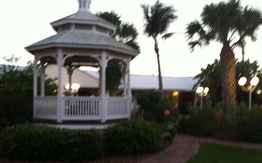 Blurry Shot of the Gazebo at Lemon Tree Inn