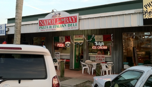 Napoli Pizza and Italian Deli in Naples Florida