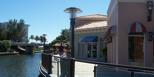 Waterfront Dining, Shopping and Entertainment in Naples Florida
