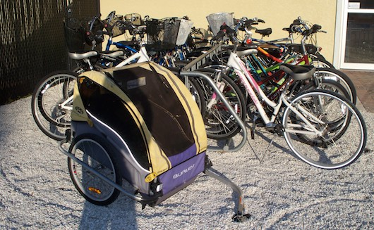 Rent a bicycle trailer in Naples Florida