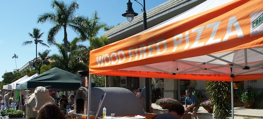 Wood Fire Pizza at the Farmers Market on Third in Naples