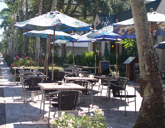 Sidwalk Cafes on 5th Ave South in Naples