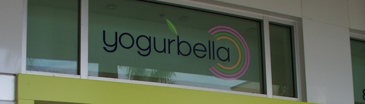 Yogurbella Smoothies and Frozen Yogurt at Mercado in Naples